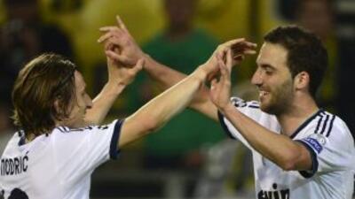 Luka Modric y Gonzalo Higuaín son pretendidos por clubes del fútbol ital...