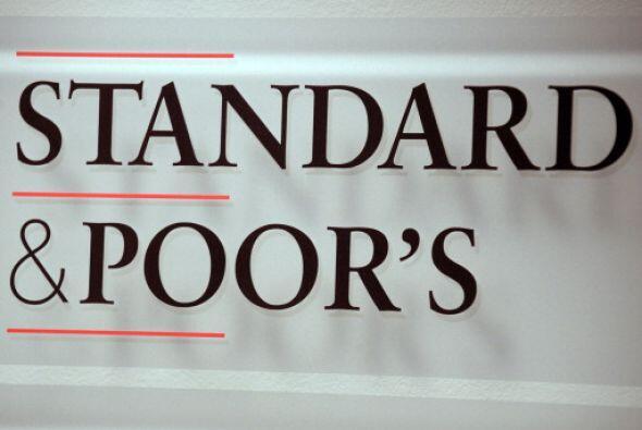 La compañía de servicios financieros estadounidense califica la deuda so...