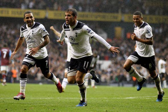 El viernes, Tottenham superó al Watford 1 a 0 con gol del del holandés R...