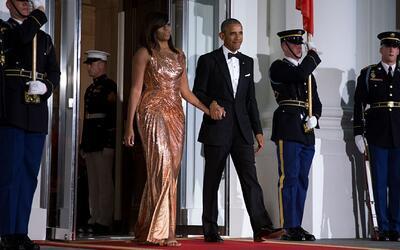 Michelle Obama luce un Versace en su última Cena de Estado