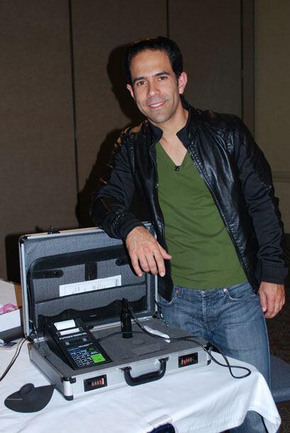 José Fernández regresó a Nuestra Belleza Latina como uno de los maestros.
