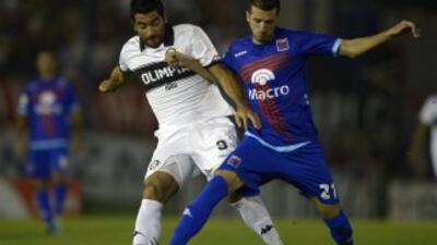 Tigre derrotó al Olimpia por 2-1 en partido de ida por los octavos de fi...