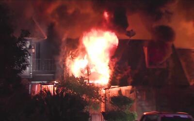 Familias sin hogar tras voraz incendio