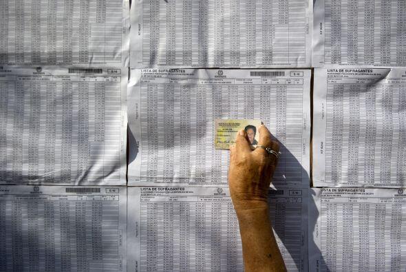 Los cinco candidatos votaron en la mañana en Bogotá.