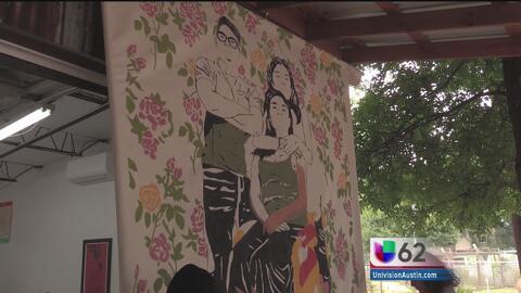 Residentes de Austin crean mural para mostrar el rostro de las familias...