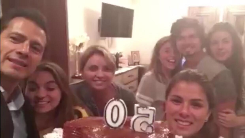Con este selfie en video celebró Enrique Peña Nieto sus 50 años