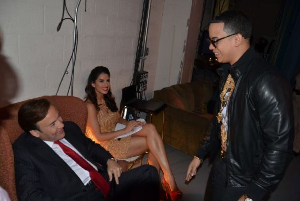 Antes de subir al escenario, J Álvarez conversó detrás de cámaras con Ja...