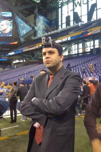 Los reporteros de NFL.com/Español también disfrutan de este día.