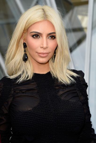 Ante el gran cambio de look de Kim Kardashian, sus cejas son las que rob...