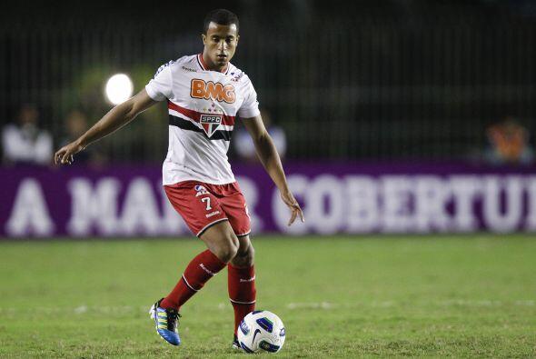 El Inter de Milán intenta convencer al atacante del Sao Paulo Luc...