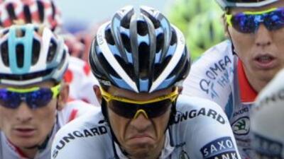 Contador se sintió cansado y con una molestia en la rodillo, lo que le o...