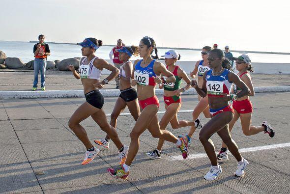 El segundo lugar del podio en la maratón de la rama femenil se lo...
