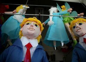 Piñatas de Donald Trump han resultado todo un éxito de ventas en el barr...