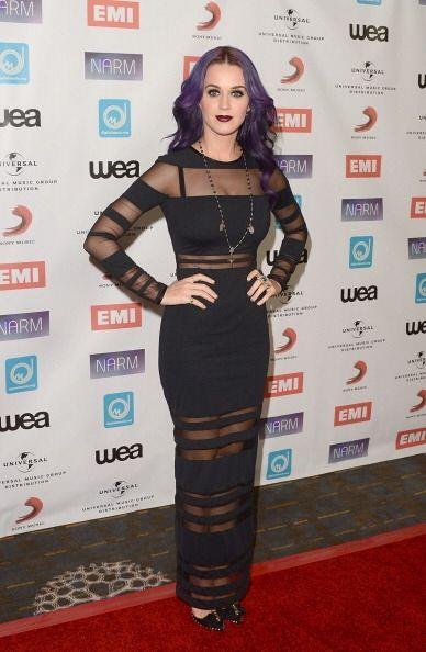 Los mil y un 'looks' de Katy han pasado de sus inicios inspirados en el...