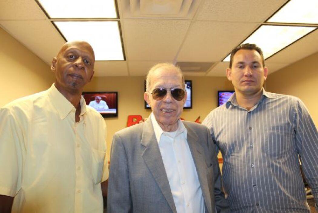 El propósito del viaje de Fariñas, aquí con Armando Pérez Roura y con Lu...