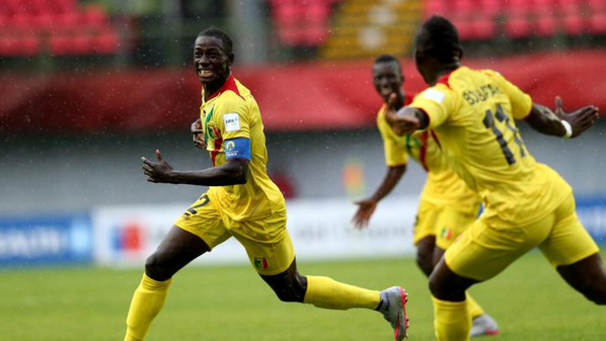 Malí celebra uno de sus goles ante Honduras.