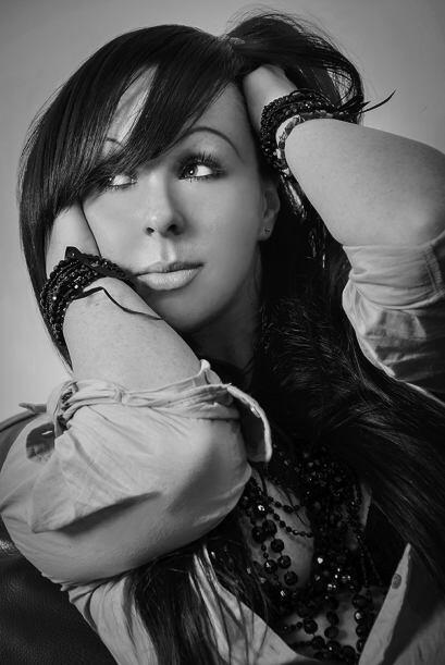 Victoria Eames, es una bailarina de 32 años de edad que recientemente lo...
