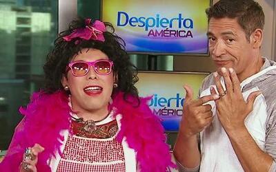 Propuesta indecorosa: Doña Rosa quiere todo con Johnny Lozada