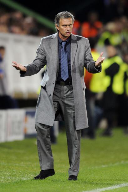 Mourinho, técnico madridista, ha sufrido por las críticas...