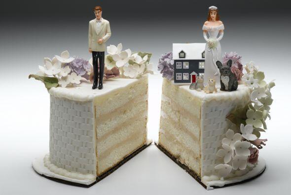 De acuerdo con el portal, las cifras oficiales detallan que los matrimon...