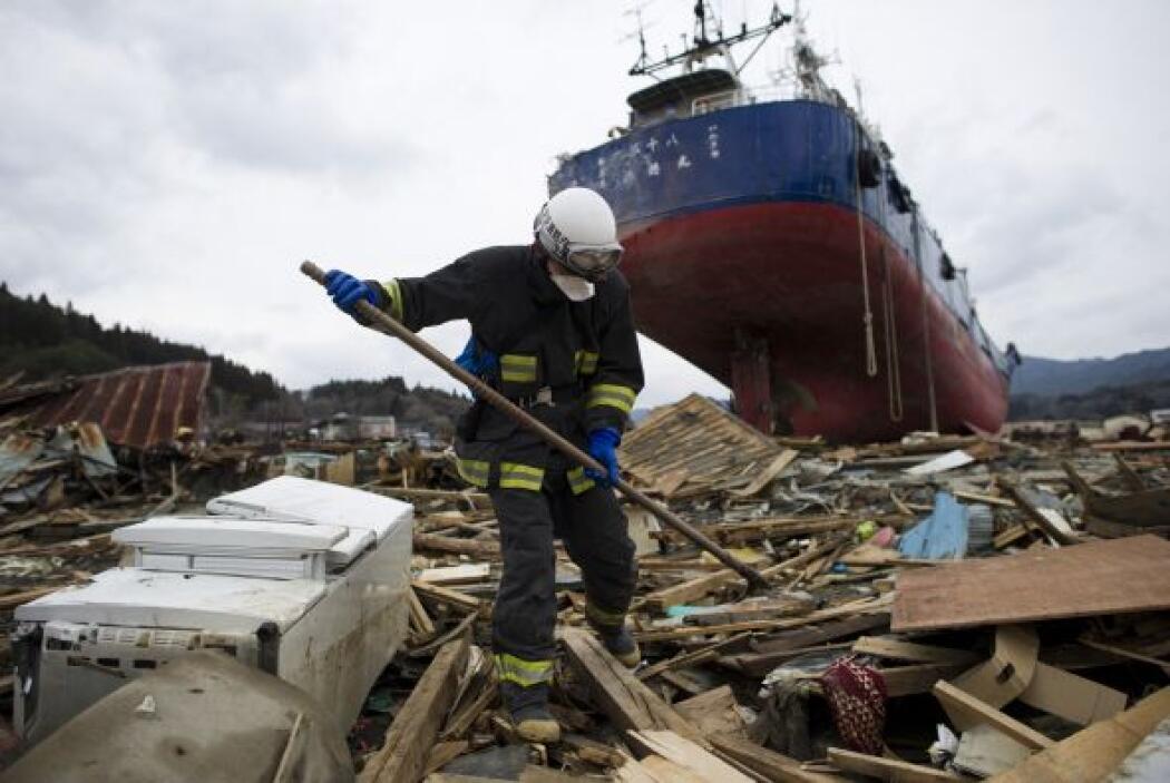 Mientras, el Banco Mundial informó el lunes que Japón podría necesitar c...