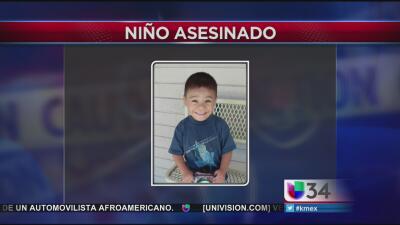 El pequeño de 4 años de edad murió al ser herido por una bala perdida.