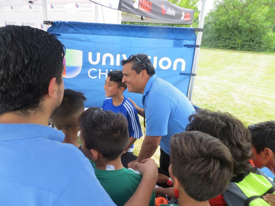 Héctor Lozano y Julio El Lobo de La Que Buena 105.1 dijeron presente en...