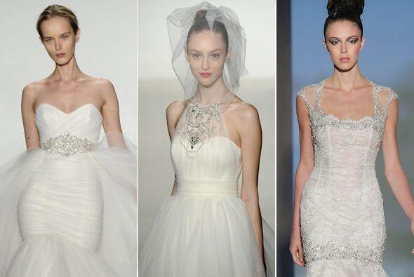 Hace unos días se presentaron los más bellos diseños de vestidos nupcial...