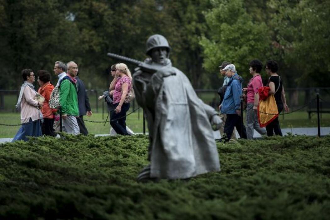 El Memorial a los Veteranos de la Guerra de Corea en el parque West Poto...