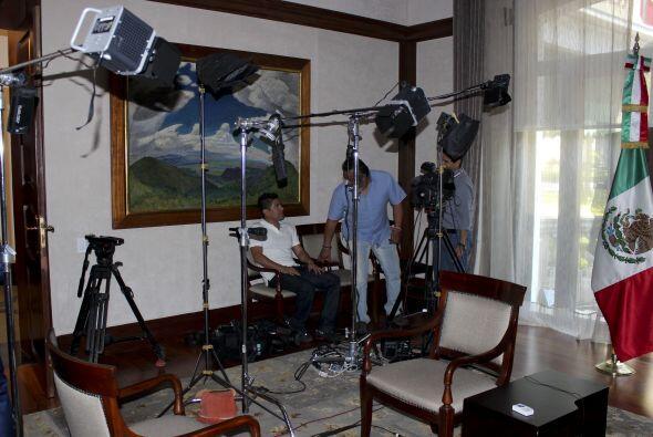 Aquí una foto de cómo iba quedando el set donde se realizó la entrevista...