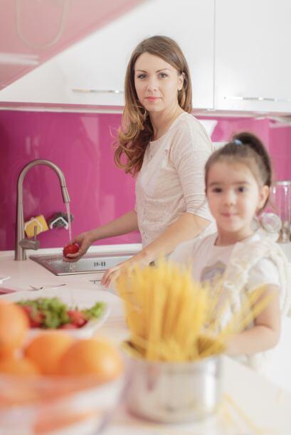 Al mismo tiempo que cuidar la forma de empacar los alimentos de tu hijo...