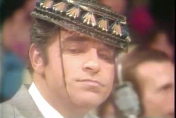 Por el show han pasado millones de sombreros, Don Francisco bien podía s...