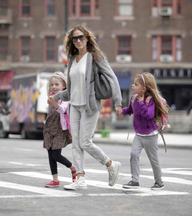 Famosos llevando a sus hijos a la escuela.