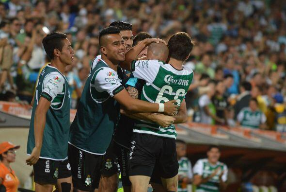 Santos es el equipo que más posibilidades tiene de meterse entre los och...