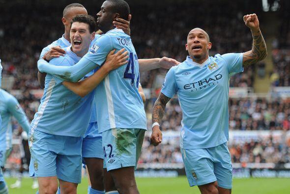 El jugador del Manchester City permitió que su club siga en la pu...