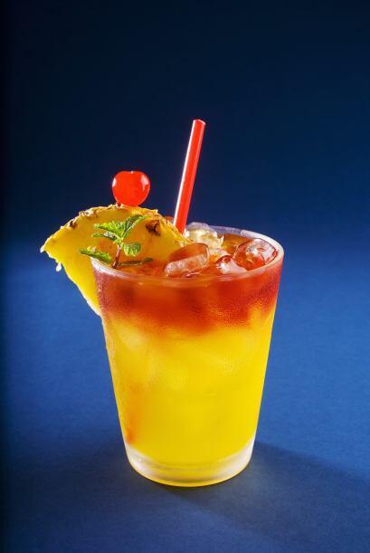 Atracción fatal   Una bebida fácil y con mucho color que s...