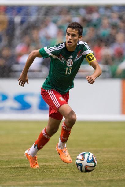 2.- Diego Reyes dejó mucho qué desear  Los nervios hicieron presa al def...