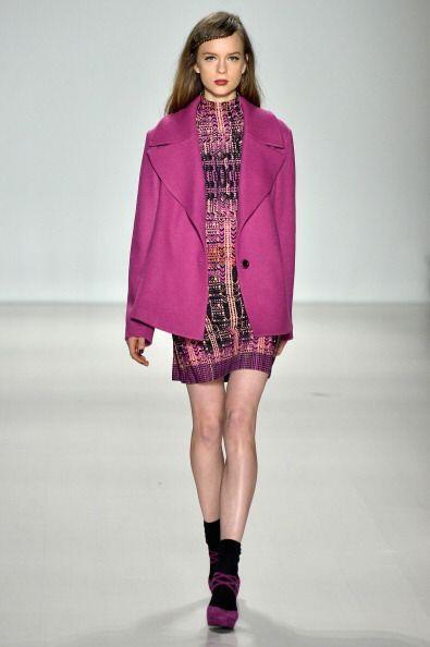 Minivestidos, trajes 'lady', estampados divertidos, 'looks' monocolor, d...