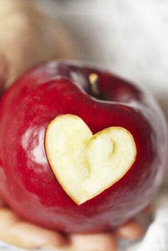 9. Buenas para el corazón Consumir cerezas puede ayudar a reducir el rie...