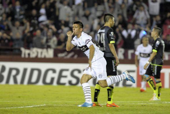 Facundo Monteseirín fue el encargado de anotar el gol del empate...