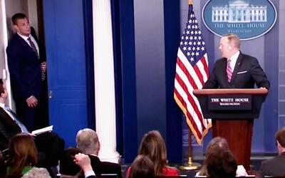 Gronkowski hizo de las suyas en la mismísima Casa Blanca: interrumpió un...