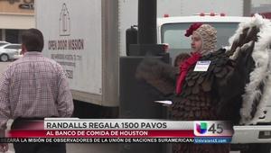 Donan 1500 pavos para los más necesitados