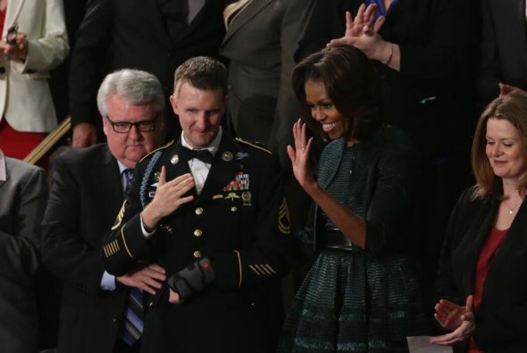 Por su parte, la primera dama de EEUU, Michelle Obama, sorprendió  con s...