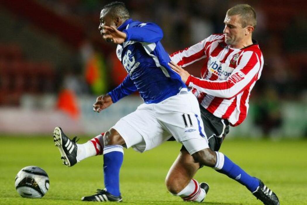 Fue en el 2009 cuando logró captar la mirada del futbol europeo, en espe...