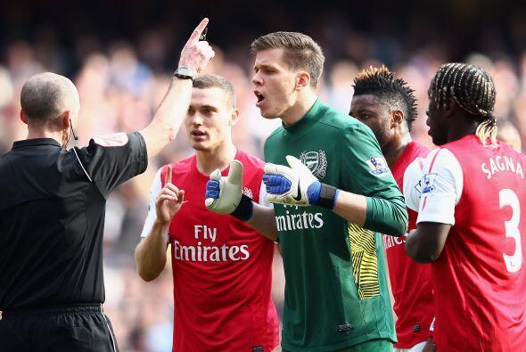 penalti en favor de la visita y ni los reclamos del Arsenal cambiaron la...