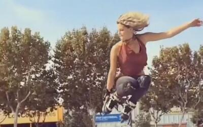 El videíto: entre giros y acrobacias esta chica sorprende con sus patines