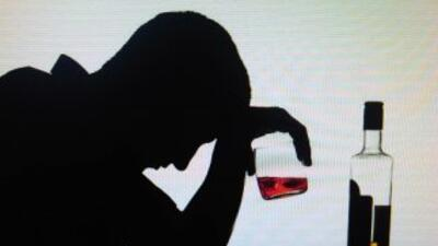 Alcoholismo: Costoso en varios niveles