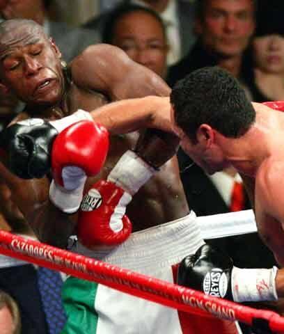 El ocaso contra Floyd Mayweather Jr.Luego de regresar exitosamente, tras...