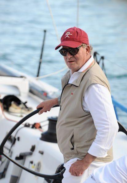 Juan Carlos a bordo del Bribón, durante la 28 Copa de Vela del Rey Mapfr...