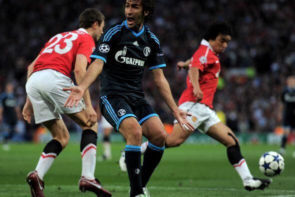 El ataque alemán no podía contrarrestar lo que hacía el United.